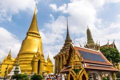 金色の仏塔