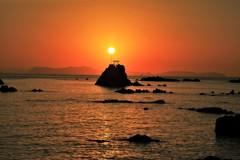 牛之浜海岸から望む夕日2