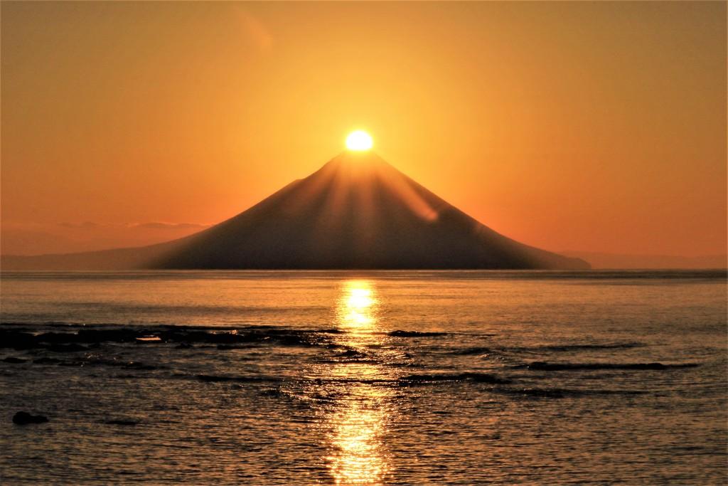 「ダイヤモンド薩摩富士」の初日の出