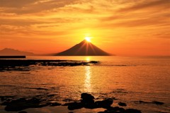 開聞岳の朝日