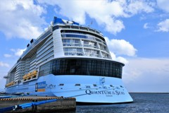 Quantum of the Seas 4