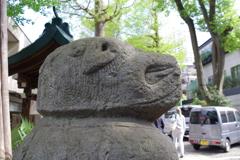 狛犬_穏田神社