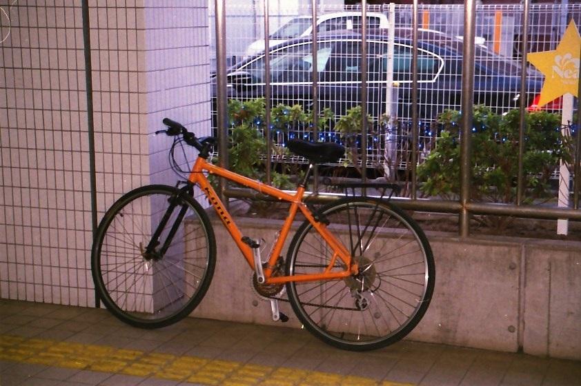 オレンジ色の愛車
