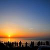 皆が眺め入る夕陽