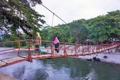 吊り橋~インドネシア  Suspension bridge