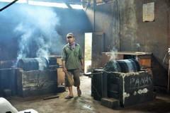 伝統的珈琲焙煎~インドネシア Traditional dry roasting
