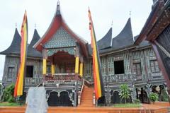 シリンドゥアン・ブラン王宮~インドネシア Istano