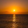 サンセットビーチに沈む夕陽