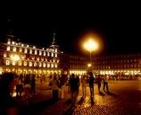 スペイン/マドリッド/夜のマヨール広場