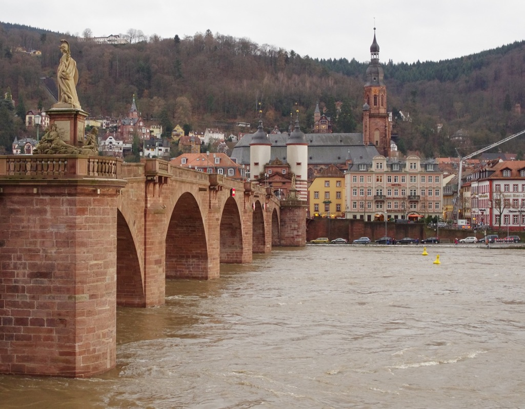 ドイツ/ハイデルベルク/カール・テオドール橋とネッカー川