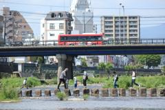 飛び石橋を渡る(^^)/