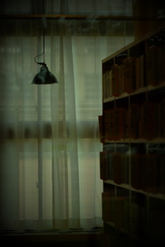 図書室の…