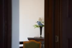 扉の向こう<花瓶>