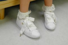 アイドルの可愛い靴と靴下