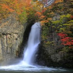 銚子の滝秋景Ⅰ