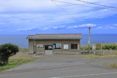 海辺の駅舎