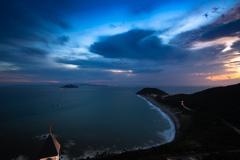 チャペルのある岬の夕暮れ