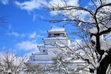 白い屋根の鶴ヶ城