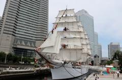 今度は富山県射水市の帆船海王丸だな(^_^)v