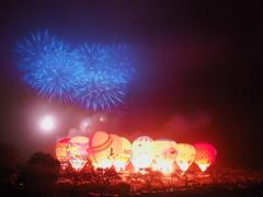 花火と気球