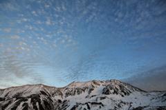 雲降る立山