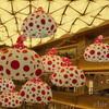 草間彌生さんの水玉バルーン。。