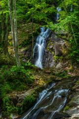 滝の滑り台