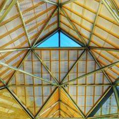 美術館の屋根(๑・̑◡・̑๑)