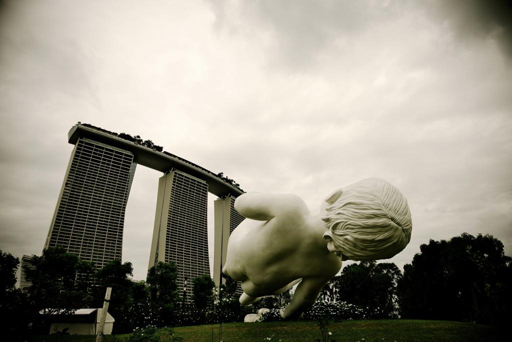 シンガポール53