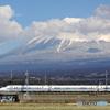 東海道新幹線700系と富士