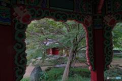 清渓亭からの大興門