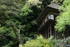 自然美と建築美の共鳴  臥龍山荘(がりゅうさんそう)