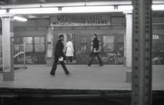 地下鉄駅 ワシントンスクウェア 2 NY