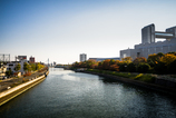 旗屋橋からの堀川