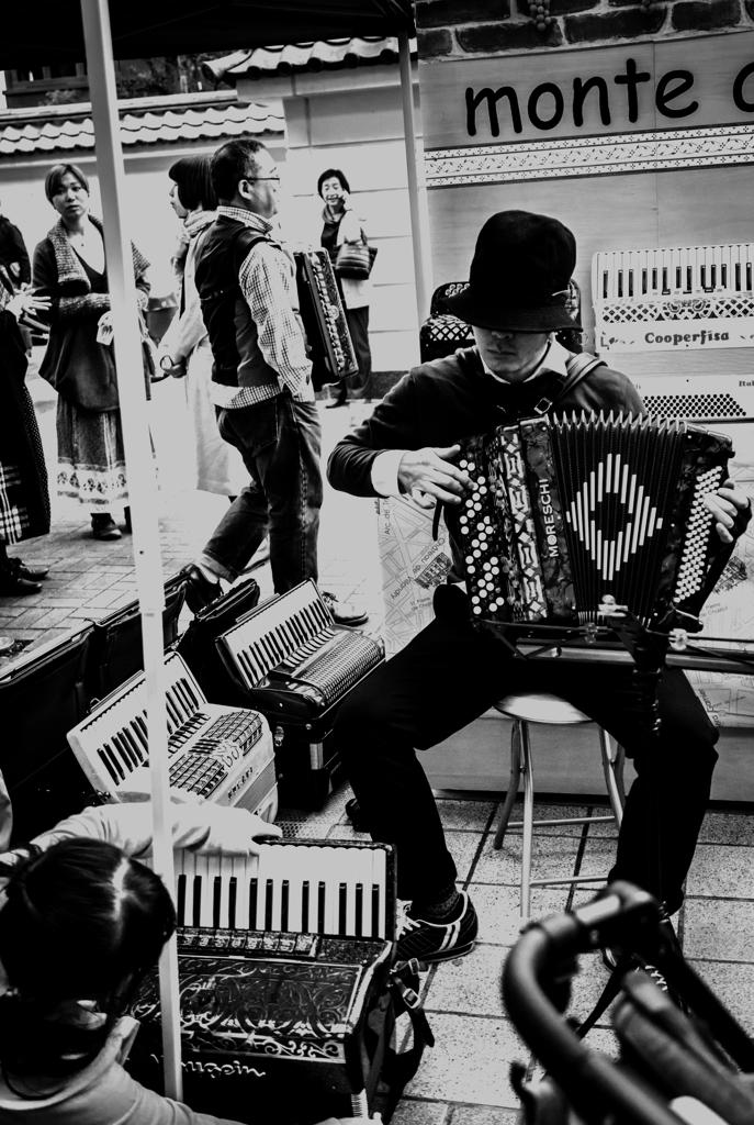 路上演奏家 ストリートミュージシャン