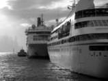 波止場の船 #1 香港