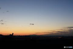 伊丹空港の夜明けⅡ