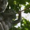 平和祈念像 金のトランペット