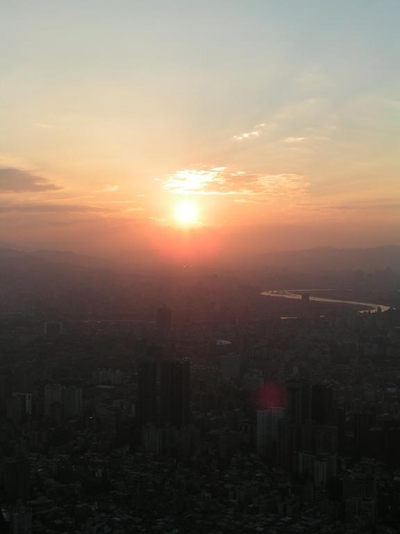 台北101からの夕日