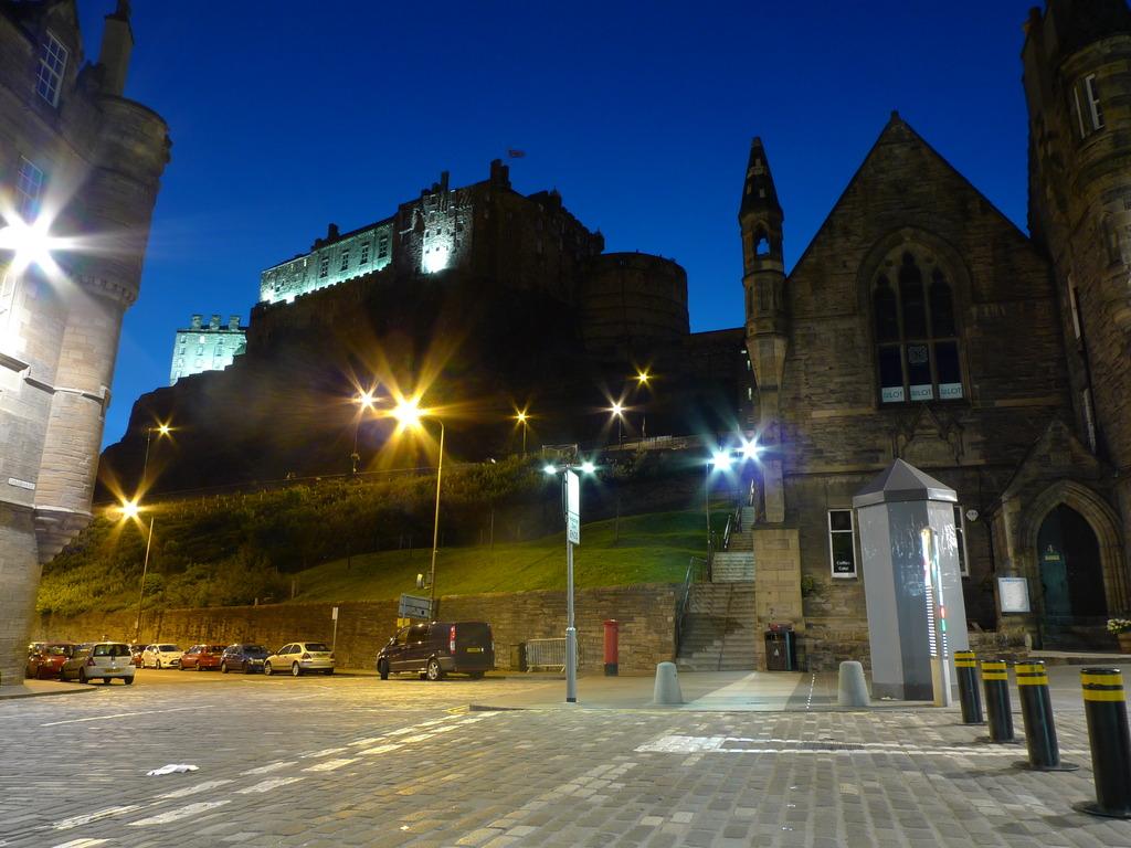 Edinburgh Castleの夜景