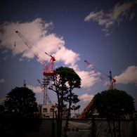APPLE iPhoneで撮影した風景(二つの塔)の写真(画像)