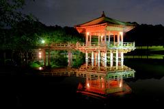 奈良公園:浮き見堂