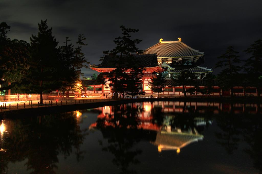 なら燈花会-東大寺 鏡池