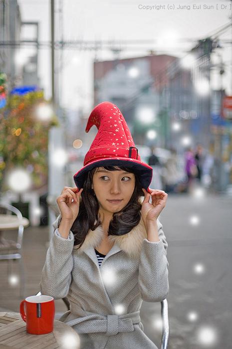 都市に現われた魔法少女.. 雪を降るようにする。.