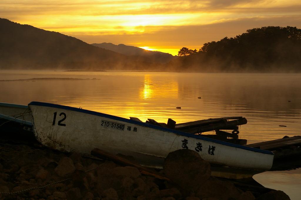 湖の夜明け⑤