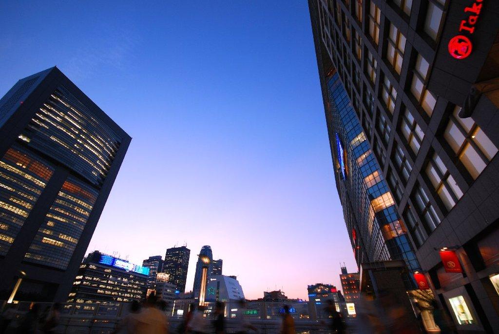 新宿夕暮れ