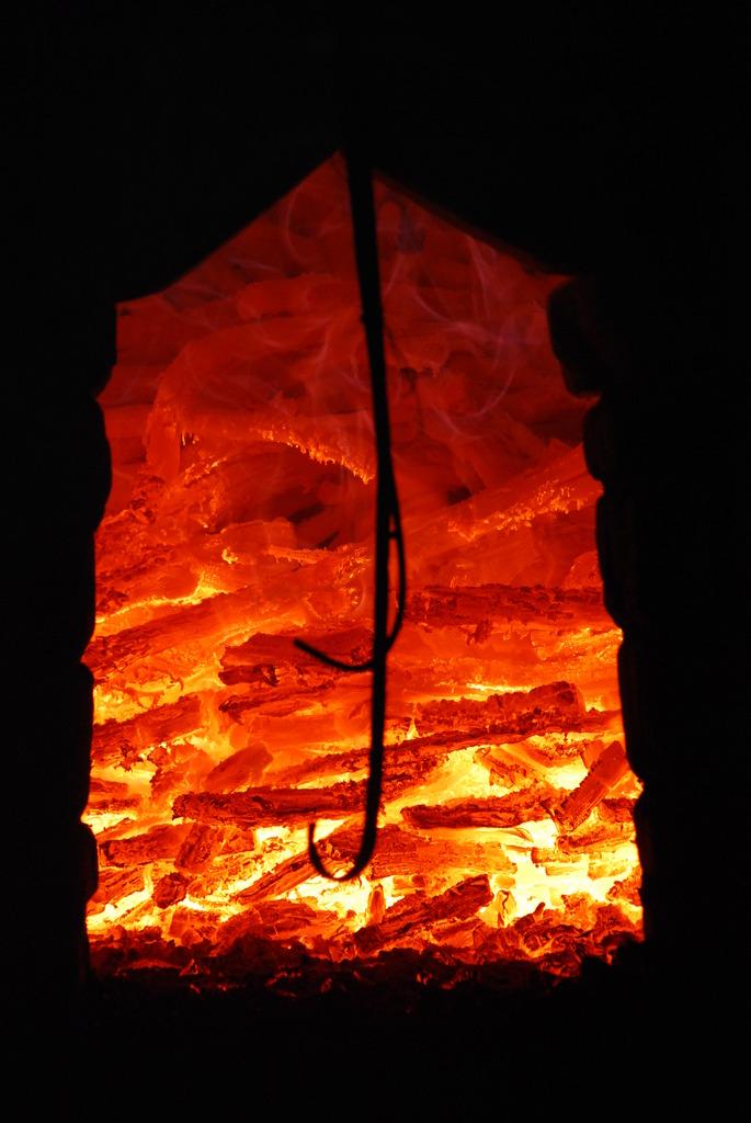 紀州備長炭窯出し