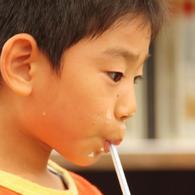 CANON Canon EOS Kiss X2で撮影した人物(んめぇ~)の写真(画像)