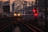宵を走る西武多摩川線開業100周年記念ヘッドマーク