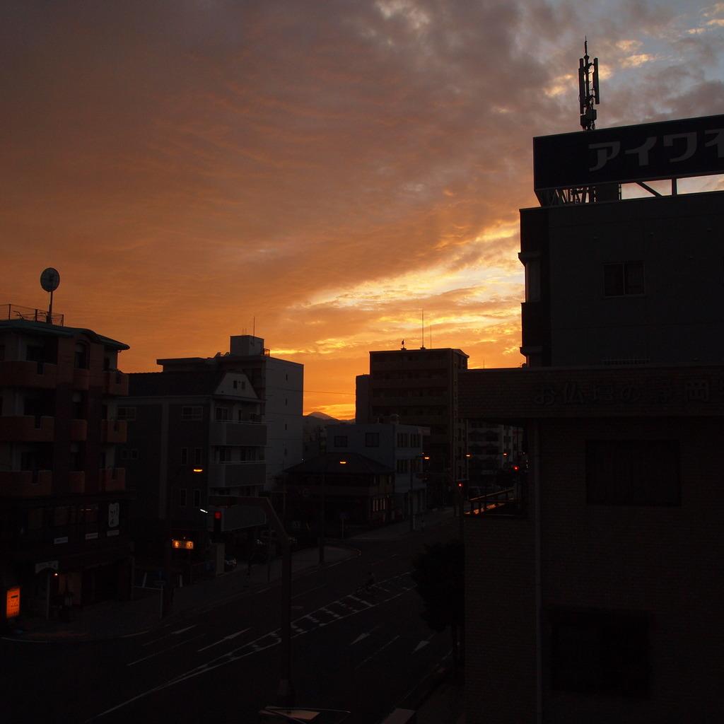 20090823マンション夕方